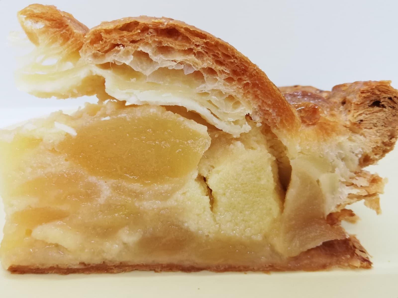 ターブル・ドゥ・リバージュのアップルパイの断面