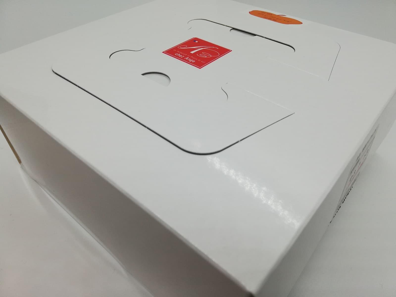 シェ・アンジュのアップルパイの外箱