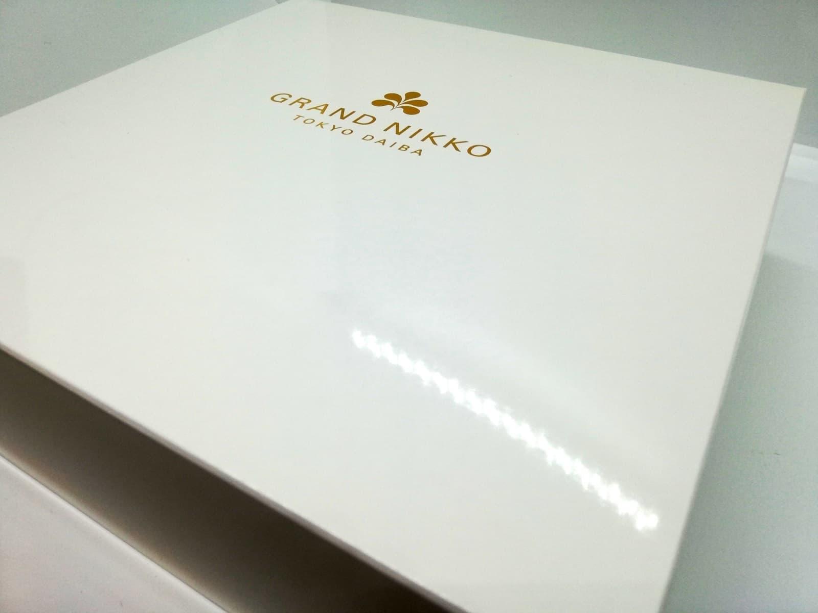 グランドニッコー東京 台場のアップルパイの箱